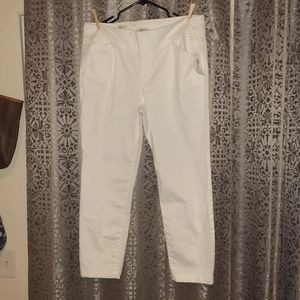Style&Co size 12 pants, white. NWT Pull up pants.
